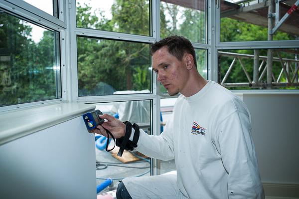 Existenzgründer Henning Bieck arbeitet mit dem Skizzenaufmaß von CATSmobil und der betriebswirtschaftlichen Maler-Software con C.A.T.S.-Soft