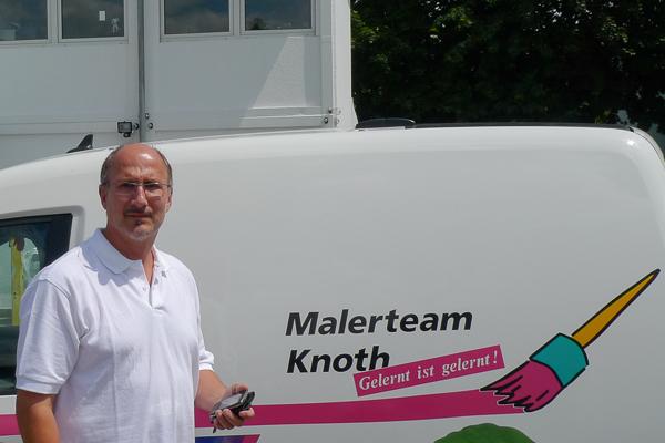 Walter Knoth arbeitet mit der digitalen Zeiterfassung CATSbauzeit und der betriebswirtschaftlichen Maler-Software C.A.T.S.-WARICUM